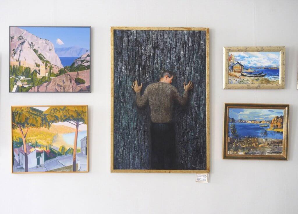 Выставка-продажа «Взгляд сквозь зеркала». Картинная галерея «Кустодиева 17». 17.06.-17.08.2021 г.