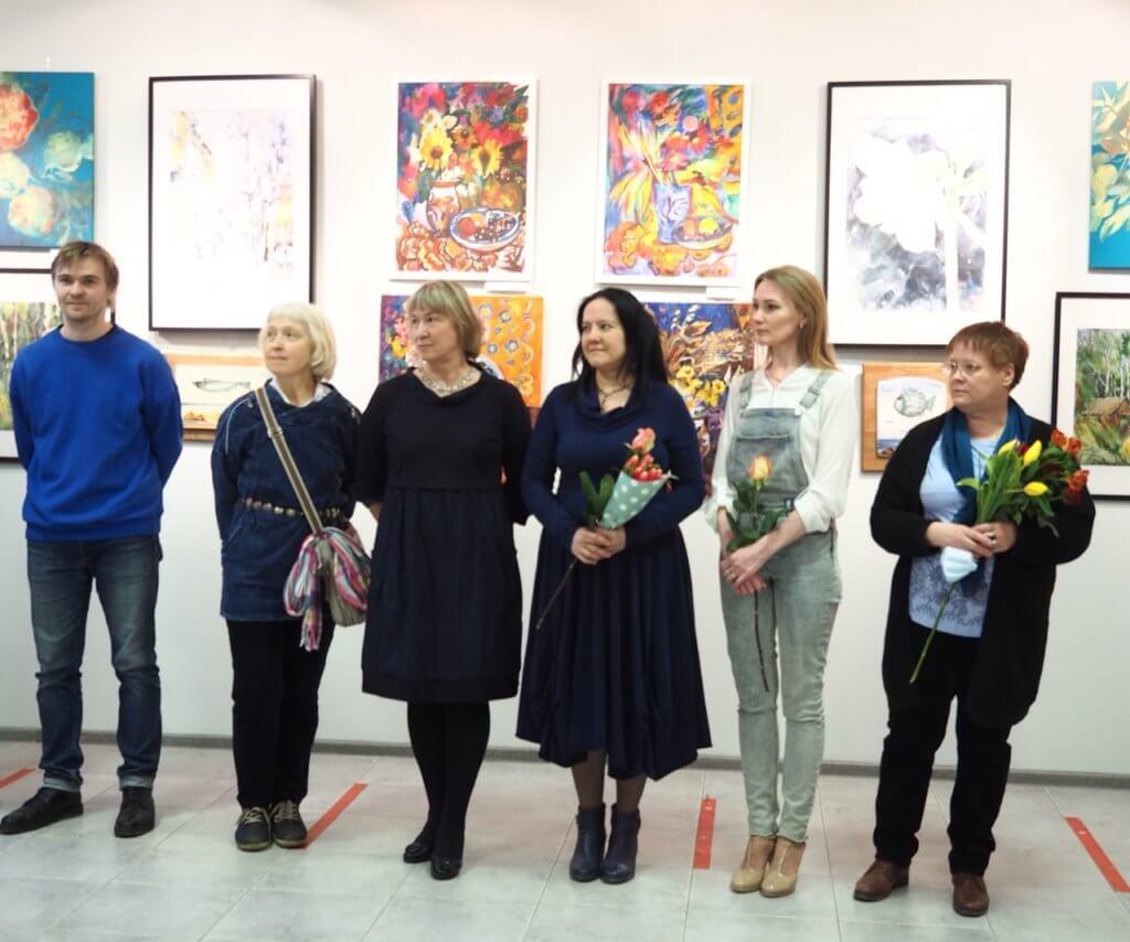 Выставка «Цветотерапия». 02-11.04.2021 г.